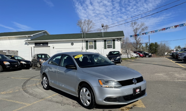 2013 Volkswagen Jetta, 201,000 km's, automatic, air, cruise, power windows and locks, Aux port, key-less entry, inspected until March 2022 and more. $4,995.00 Contact Travis at East Coast Wheels 1(506)461-9555.