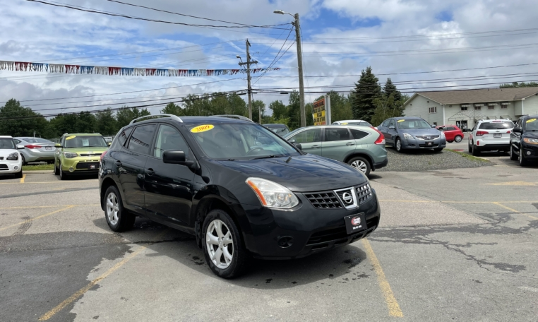 2009 Nissan Rouge SL, 293,000 km's, 4 cyl, AWD, automatic, air, cruise, CD player, heated front seats, AUX port, key-less entry, alloy wheels, power windows and locks, inspected until July 2023, and more. $3,495.00 Contact Travis at East Coast Wheels 1(506) 461-9555.