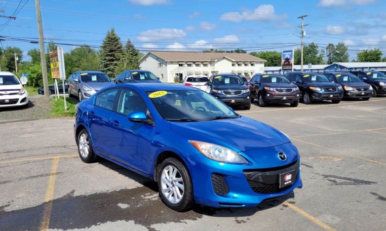 2013 Mazda 3, 177,000 km's, 4 cyl, automatic, air, cruise, CD player, Bluetooth, USB, AUX port, heated seats, power windows and locks, key-less entry, alloy wheels, remote start, inspected until November 2022, and more. $6,995.00 Contact Greg at East Coast Wheels 1(506) 447-1212.