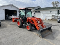2018 Kioti Tractor 4030KL, 40 hp, cab with air, CD player, hydro-static transmission, bucket, rear blower, only 113 hrs on meter. $42,000.00 Contact Greg at East Coast Wheels 1(506) 447-1212.